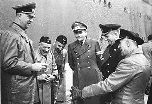 Bundesarchiv Bild 146-1968-036-13, Fromm, Spee...