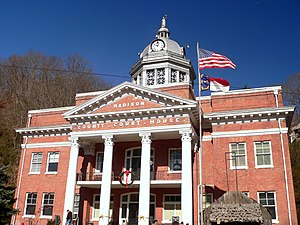 The Madison County courthouse in North Carolin...