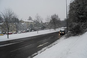 English: London Rd, A26 in a snow storm