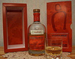 Mackmyra whisky plus boxes