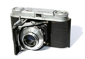 English: A photo of a Voigtlander Vito II came...