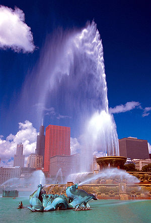 Buckingham Fountain in Chicago, Illinois.