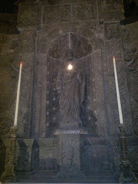 File:Saint Kingas Chapel (7822147698).jpg