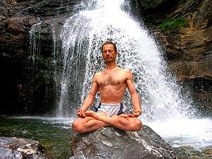 Tanumânasî Meditación en postura del Loto (Pad...