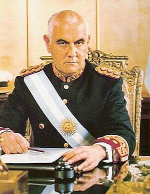 Español: Es una foto del general Lanusse, pres...
