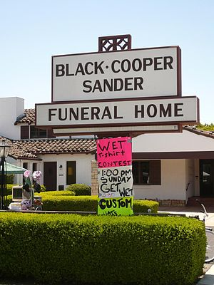 Black Cooper Sander Funeral Home, Hollister, C...