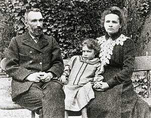 Marie, Pierre and Irene Curie Deutsch: Marie, ...