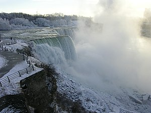 English: Photo of American Falls taken Dec. 20...
