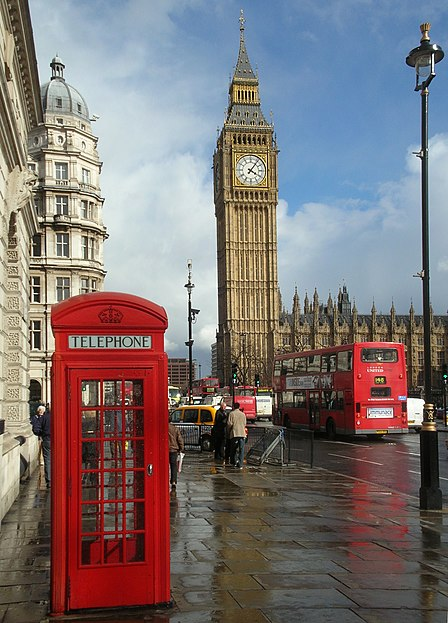 File:London Big Ben Phone box.jpg