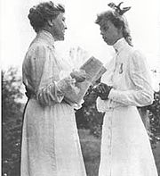 Eleanor and her future mother-in-law Sara Delano Roosevelt in 1904
