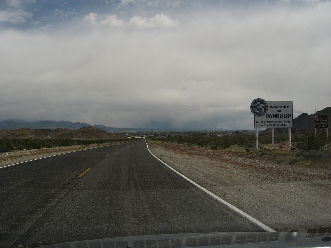 File Entering Pahrump Nevada 5628926483 Jpg Wikimedia