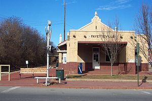English: Old train station in Fayetteville, Ar...