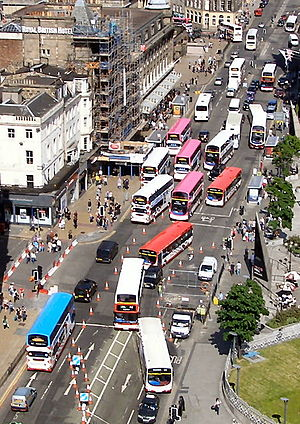 English: Buses of in , Edinburgh, alongside Pr...
