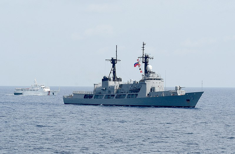 File:PF-15 and SARV-002 CARAT 2013.jpg