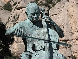 English: A centenary statue of Pau Casals at M...
