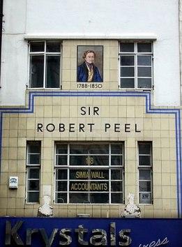 English: Sir Robert Peel in Bishopsgate This w...