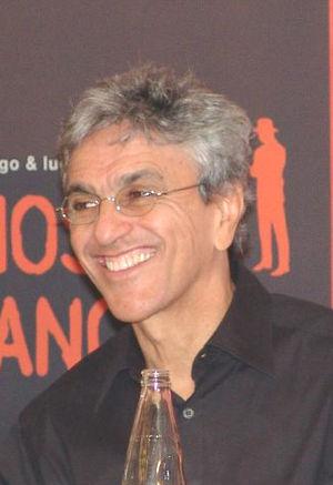 Português: Caetano Veloso.