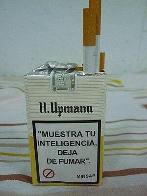 Español: Caja de Cigarro H. Upman, producido e...
