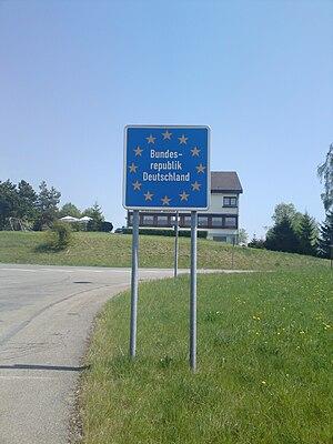 Deutsch: Bundesrepublik Deutschland.