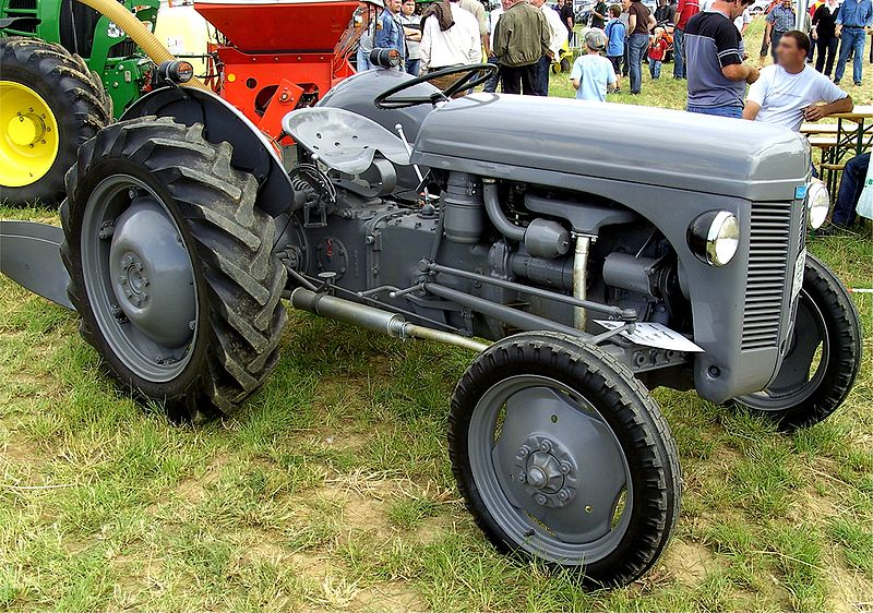 File:Ferguson Tractor on an exhibition.jpg