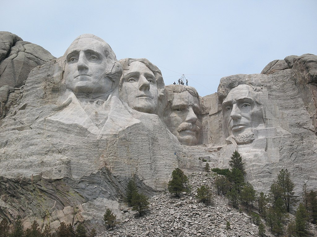 File Mt Rushmore Workers