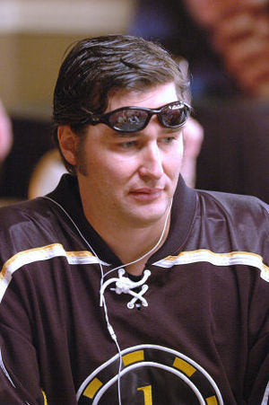 Phill Hellmuth in 2006 World Series of Poker a...