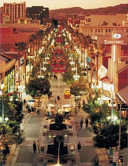 Santa Monica Third Street Promenade, Jane Lidz