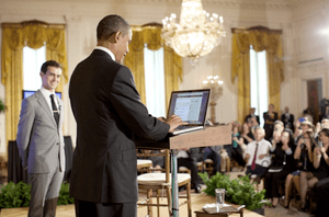 English: Jack Dorsey and Barack Obama at Twitt...