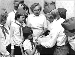 "East-German pupils (""Junge Pioniere""..."