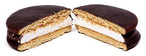 English: A Moon Pie made by the Chattanooga Ba...