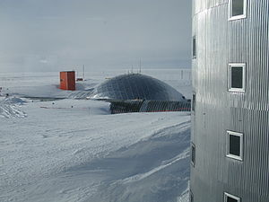 English: The existing South Pole dome as seen ...