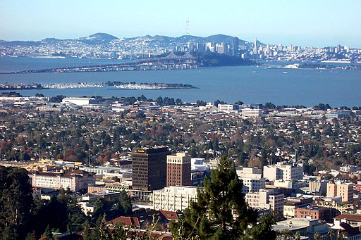 Berkeley-downtown-Bay-bridge-SF-in-back-from-Lab