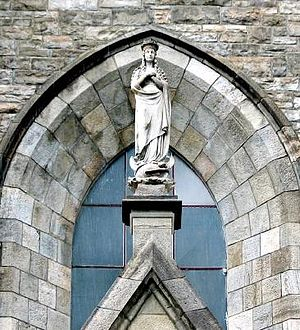 Imagen de la virgen María (Catedral de Bariloche)