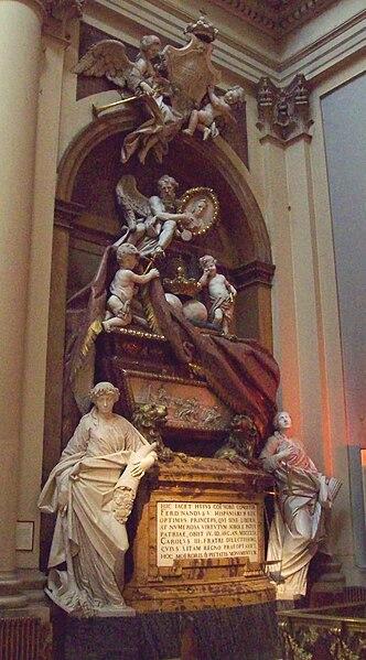 Archivo:Mausoleo de Fernando VI de España (Madrid) 01.jpg