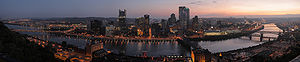 English: A panorama of Pittsburgh, Pennsylvani...