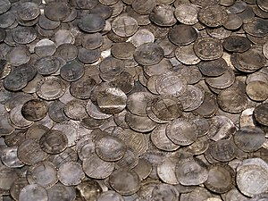 English: Silver coins hoard from around 1700, ...