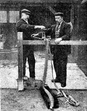 Vickers gun cartidge belt loading