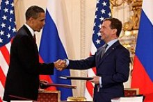 Medvedev with Obama after signing the New START treaty in Prague, Czech Republic