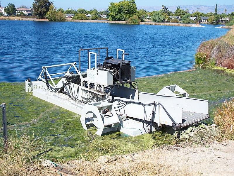 File:Algae harvester-1.jpg