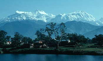 English: From left to the right Annapurna IV (...