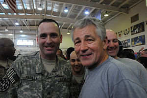 English: Sen. Chuck Hagel does a meet and gree...