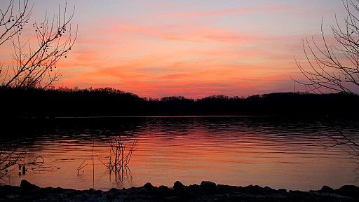 tennessee monster lake