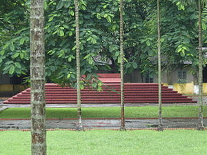 Kazi Nazrul Islam Grave1
