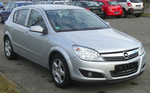 File:Opel Astra H (Facelift, 2007–2009) front MJ.JPG ...