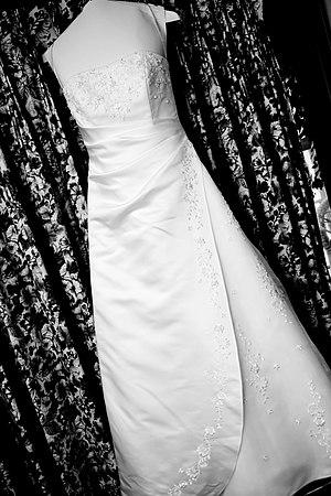 English: Wedding Dress