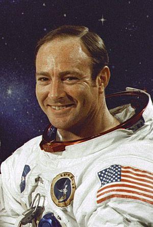 English: Apollo 14 photograph of Lunar Module ...