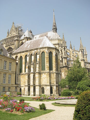 English: Apse exterior of the Notre-Dame cathe...