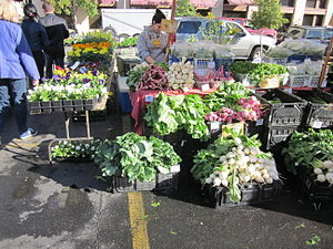 New Orleans: Crescent City Farmers Market, Mag...