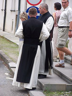 21st century Cistercian monks in their habit (...