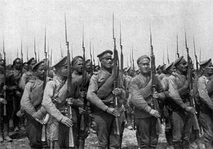 English: World War I Russian infantry. Русский...